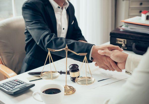 ¿Qué hacer cuando no se ha firmado una hoja de encargo entre abogado y cliente?